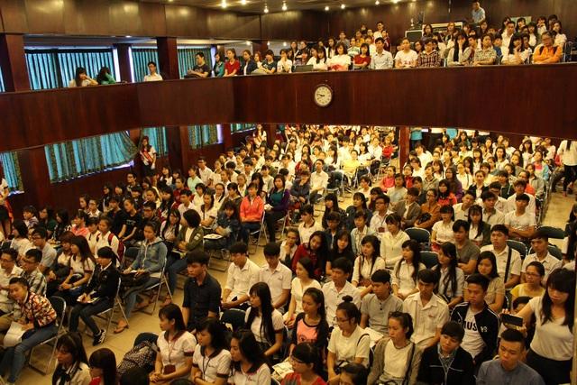 Triển lãm du học thu hút đông đảo các bạn học sinh, sinh viên đến tham dự