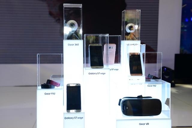 Lấy Galaxy S7/S7 edge làm trọng tâm, Samsung đưa người dùng tiến xa hơn với những trải nghiệm chưa từng có.