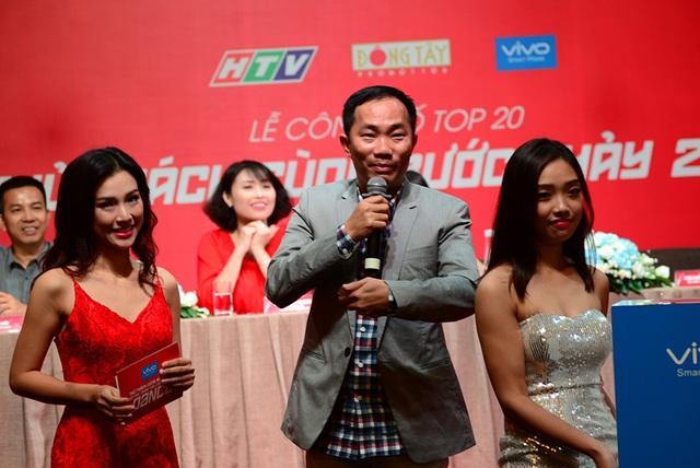 Ông Nguyễn Đức Huy – Đại điện nhà tài trợ Vivo Smartphone (ở giữa)