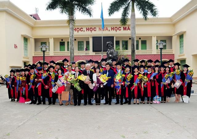 Họ và tên: Vũ Hữu Tuyến, Lớp: MBA Long Hoa - Khóa 2, Đơn vị công tác: Tổng công ty Vận tải Hà Nội.