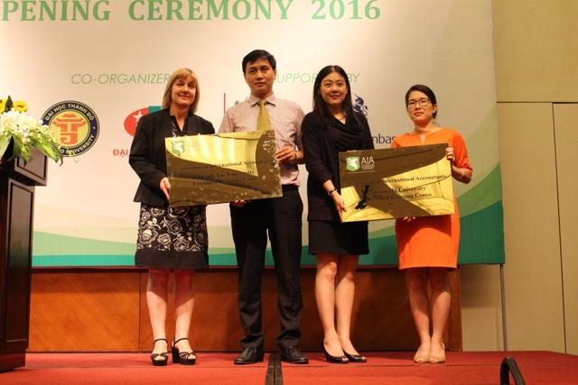 AIA trao chứng nhận trung tâm đào tạo chương trình AIA