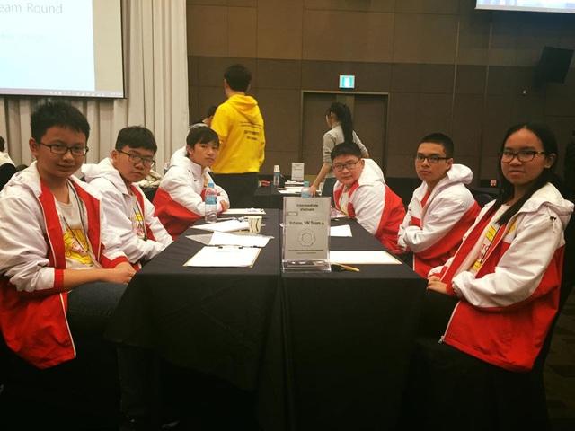 Học sinh Hoàn Kiếm lập kỉ lục tại kì thi Vô địch các đội tuyển Toán quốc tế WMTC 2016 - 7