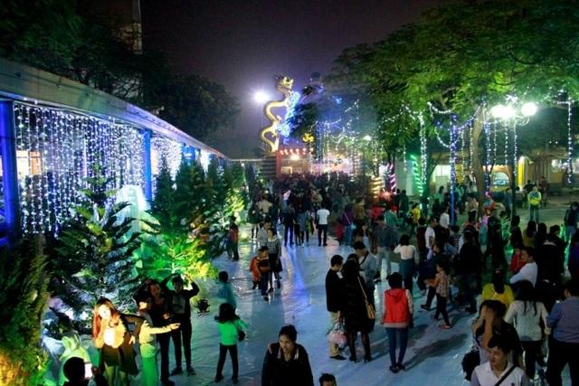 Những địa điểm vui chơi Noel 2016 hấp dẫn nhất Hà Nội - 7
