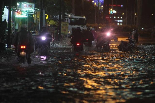 Một số tuyến đường trong TP Huế bị ngập