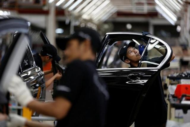BMW hôm 30/11 vừa qua đã chính thức khởi động dây chuyền lắp ráp xe 7-Series sedan tại Indonesia. (Ảnh: Reuters)