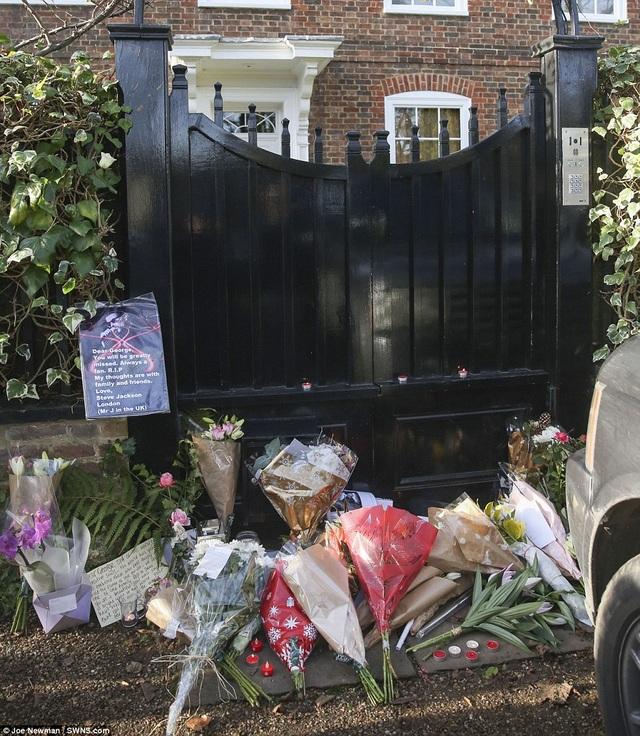Bạn trai phát hiện George Michael chết trên giường - 12