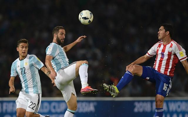 Higuain đã bỏ lỡ quá nhiều cơ hội ở trận đấu này