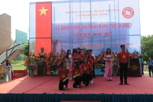 Trường ĐH Ngoại thương – Cơ sở Quảng Ninh tưng bừng tổ chức Lễ khai giảng năm học mới - 1
