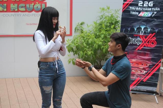 Lâm Vinh Hải bất ngờ cầu hôn Sĩ Thanh - 1