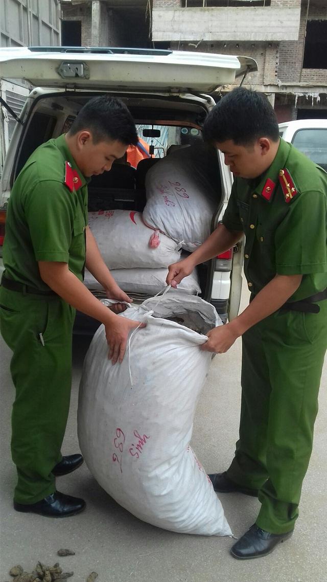 Công an huyện Cao Lộc bắt giữ số thuốc nhập lậu
