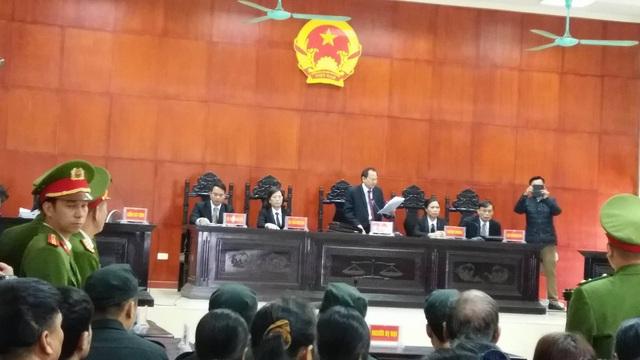 Chủ tọa Phạm Ngọc Bình tuyên án