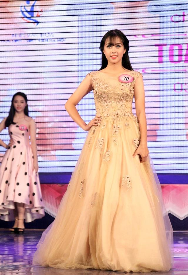 Á khôi 2 Trần Phương Linh SBD 78 - THPT Lê Lợi