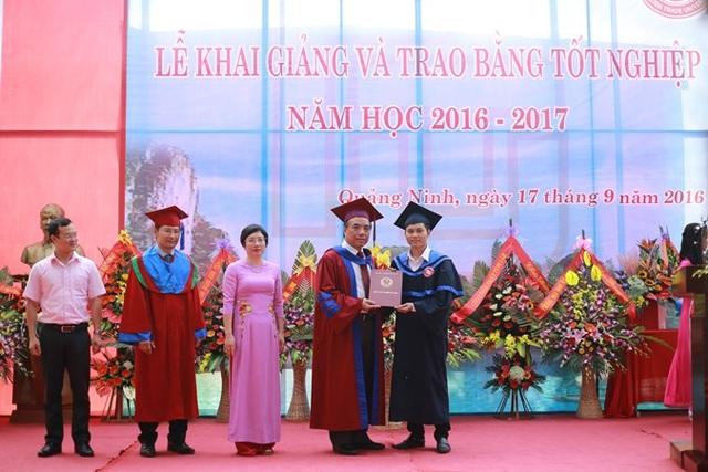 Trường ĐH Ngoại thương – Cơ sở Quảng Ninh tưng bừng tổ chức Lễ khai giảng năm học mới - 4