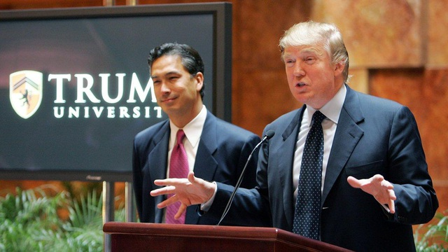 Tổng thống đắc cử Mỹ Donald Trump (phải). (Ảnh: Getty)