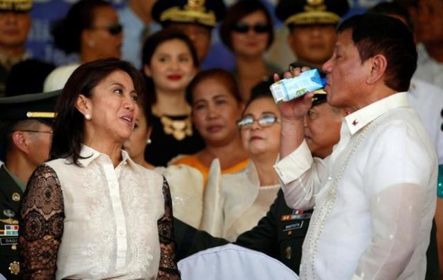 Tổng thống Philippines Rodrigo Duterte (phải) và Phó Tổng thống Philippines Leni Robredo. (Ảnh: Reuters)