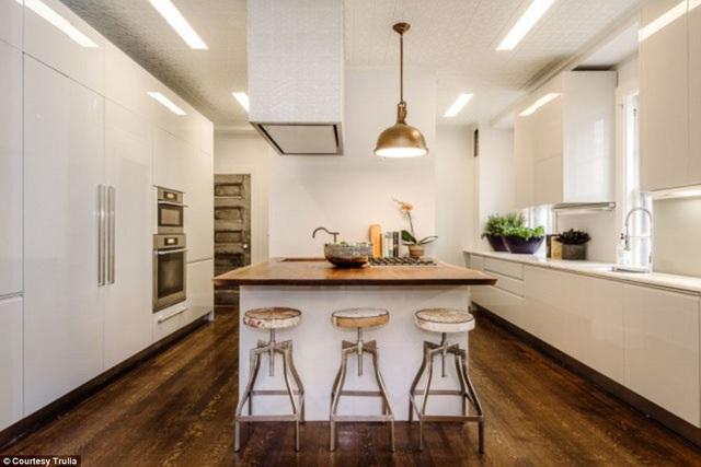 Uma Thurman lãi lớn khi bán ngôi nhà xinh đpẹ này vì cô chỉ chi ra 4,2 triệu đô để tậu nó