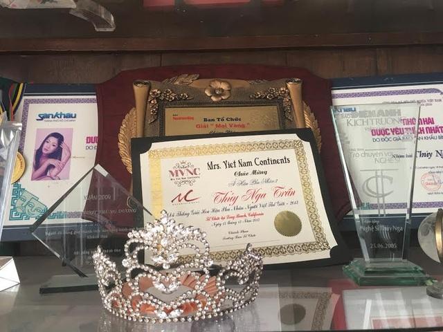 Năm 2003 Thúy Nga giành giải Mai vàng do khán giả báo Người lao động bình chọn, cô còn từng được bình chọn là á hậu 2 và nhận giải Tài năng trong chung kết Hoa hậu phu nhân thế giới người Việt 2012