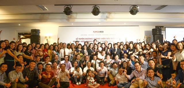 Tập thể giảng viên tại khu vực Hà Nội