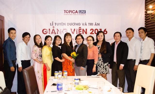 Tập thể giảng viên tại khu vực Đà Nẵng