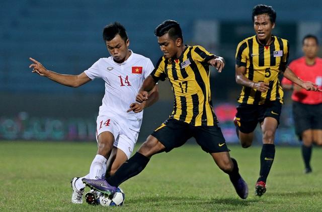 U19 Việt Nam đã chơi đầy tỉnh táo trước Malaysia -- Ảnh: Gia Hưng