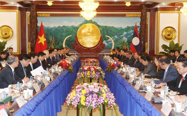 Tổng Bí thư Nguyễn Phú Trọng hội đàm với Tổng Bí thư, Chủ tịch nước Lào Bounhang Volachith. Ảnh: Trí Dũng– TTXVN
