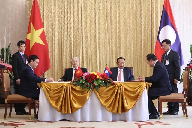 Tổng Bí thư Nguyễn Phú Trọng hội kiến Chủ tịch Quốc hội Lào - 2