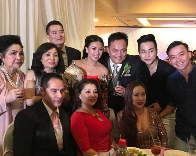 Diễn viên Y Phụng xinh đẹp trong ngày cưới - 7