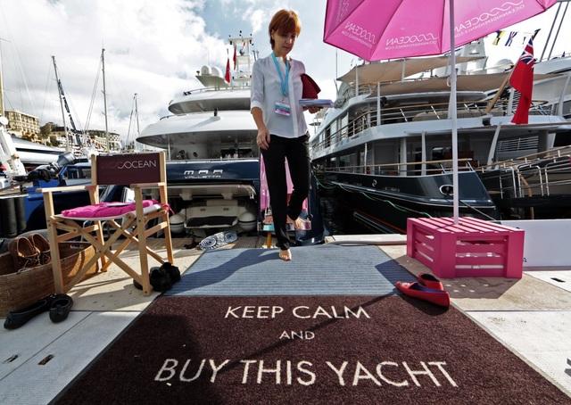 Tại ngày hội Monaco Yacht Show năm nay sẽ có tới 34.500 người tham dự. 125 chiếc du thuyền được mang tới trình diễn có giá trị lên tới 3 tỷ USD.