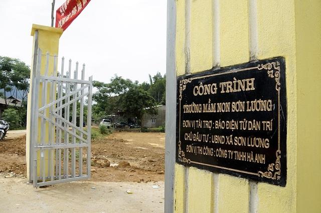 Tưng bừng ngày hội khánh thành công trình phòng học Dân trí thứ 7 tại Yên Bái - 4