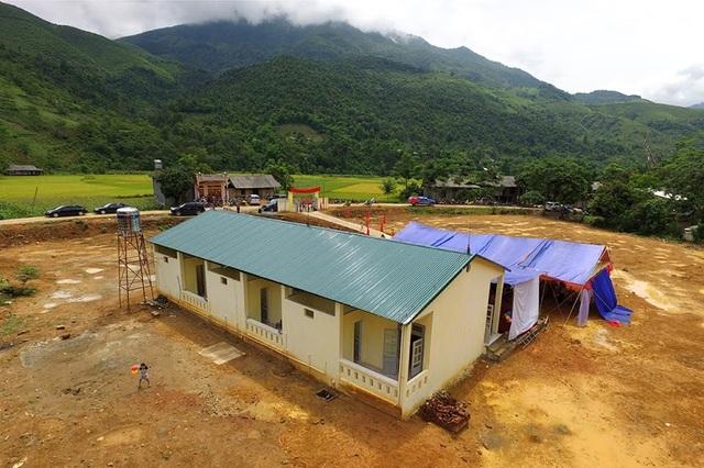 Tưng bừng ngày hội khánh thành công trình phòng học Dân trí thứ 7 tại Yên Bái - 7
