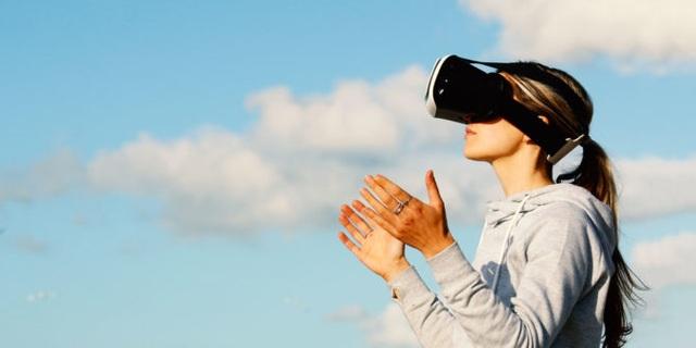 6 ứng dụng thiết thực của VR khi được áp dụng trong cuộc sống - 1