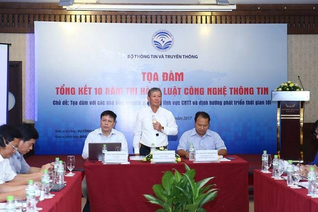 Tọa đàm Tổng kết 10 năm thi hành Luật CNTT diễn ra vào ngày 15/8