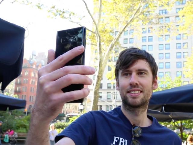 Samsung Galaxy Note 8 hay Pixel 2 chụp ảnh đẹp hơn? - 1