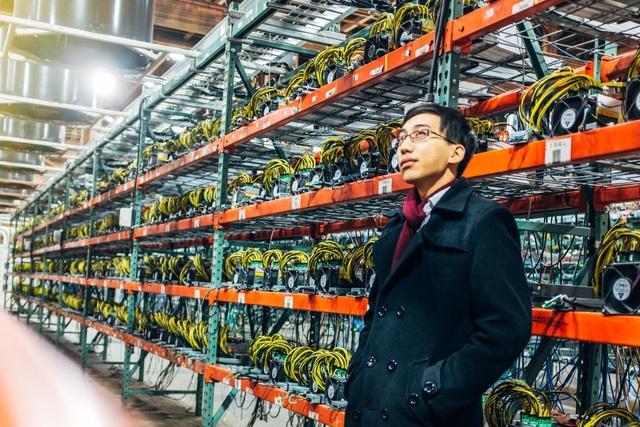 Để đầu tư và duy trì một hệ thống đào bitcoin yêu cầu các dân chơi phải trả một khoản tiền rất lớn.