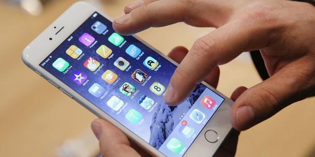 """""""Bẻ khóa"""" iPhone 7, Samsung Galaxy S8 chỉ thông qua mạng Wi-Fi - 1"""