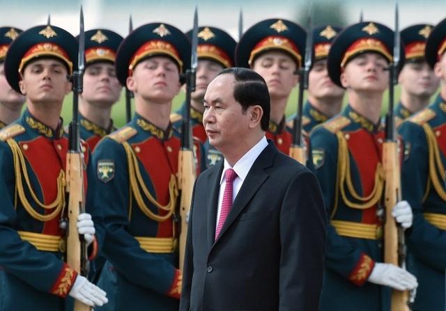 Lễ đón chính thức Chủ tịch nước và phái đoàn Việt Nam theo nghi thức cao nhất của Nhà nước Nga đã được tổ chức tại sân bay Vnucovo (Ảnh: AFP)