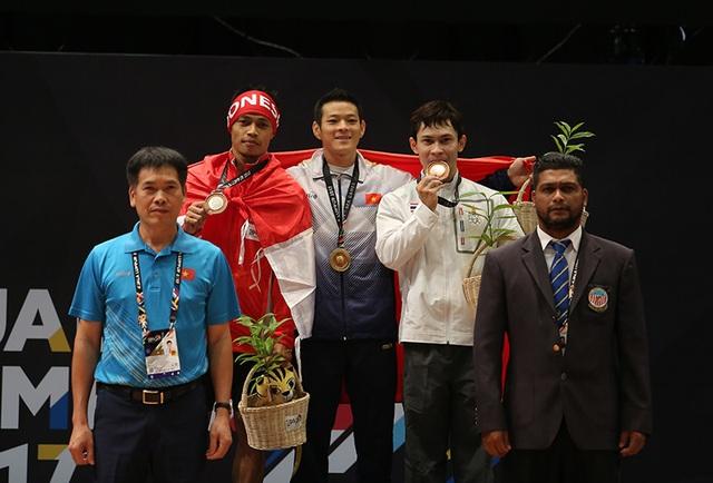 Đây là HCV đầu tiên của cử tạ Việt Nam tại SEA Games năm nay