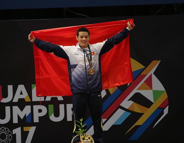 Niềm vui của Kim Tuấn với tấm HCV cử tạ hạng cân dưới 56kg nam