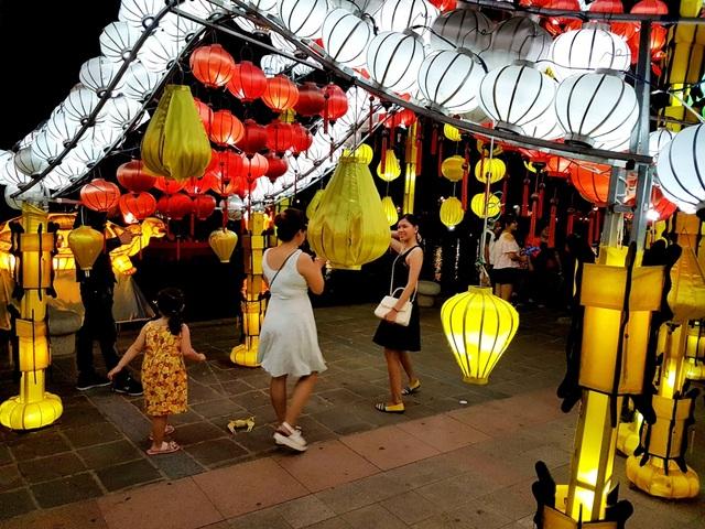 Hội An tổ chức nhiều nơi vui chơi để thu hút du khách trong dịp Tết Nguyên Tiêu rằm Tháng Giêng này