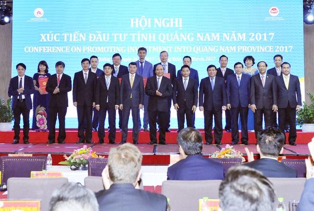6 ngân hàng thương mại đã cam kết tài trợ hơn 26 nghìn tỷ đồng cho 10 dự án phát triển kinh tế - xã hội của tỉnh Quảng Nam.