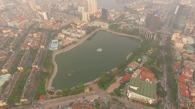 Toàn cảnh hồ Thành Công trước đề xuất cho lấp để xây nhà - 1