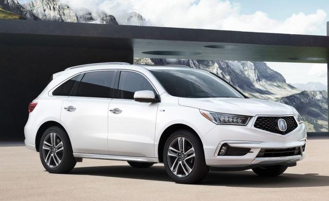 Acura MDX đang ở thế hệ thứ 4 và là một trong những mẫu Acura bán chạy nhất tại Mỹ. Mẫu xe này được trang bị đèn sương mù LED mới và có chút thay đổi bên sườn xe, cùng cản sau mới, hệ thống ống xả kép... Xe dùng động cơ V6 3.5L.