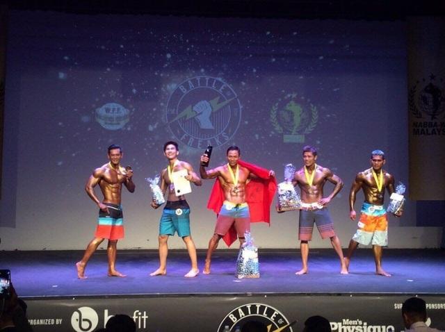 Phạm Khắc Hy vượt qua 500 đối thủ có mặt ở vòng chung kết giải NABBA WFF tại Malaysia.