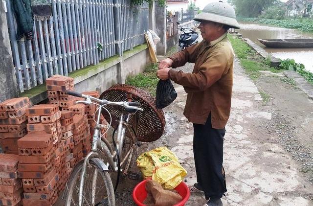 Nhờ nghề săn cua đồng, nhiều hộ dân ở Kim Sơn, Ninh Bình có thêm thu nhập, ổn định cuộc sống.