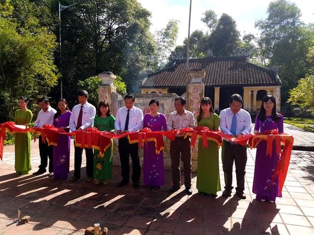 Lãnh đạo tỉnh Quảng Nam và ngành du lịch địa phương cắt băng khánh thành địa đạo Kỳ Anh sao thời gian tu bổ, sửa chữa