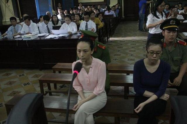 Phương Nga tại phiên tòa.