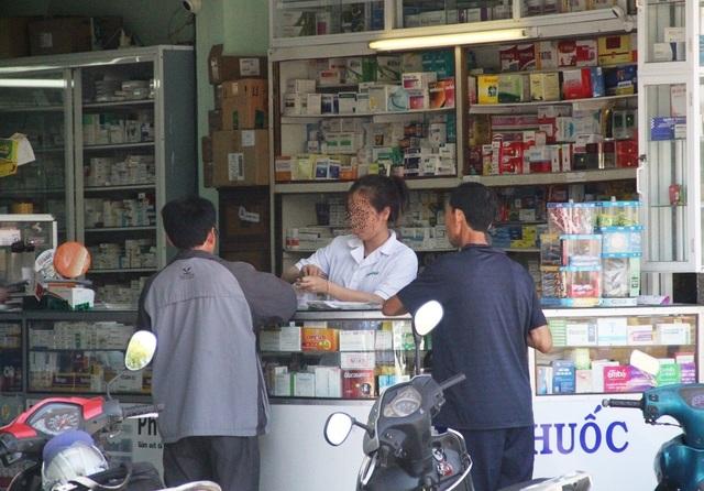 Hơn 100 loại thuốc trúng thầu các cơ sở y tế công lập tại Bình Định cao hơn các địa phương khác là chuyện bình thường