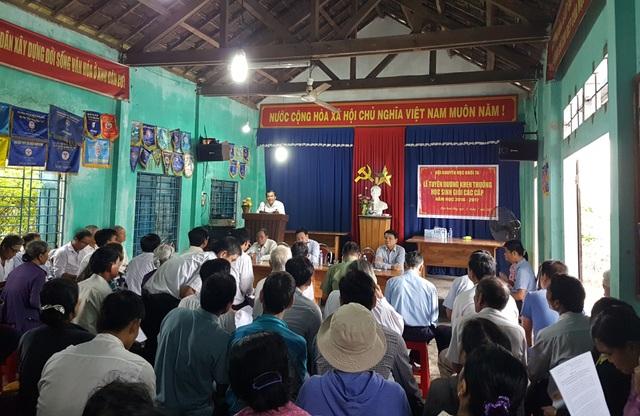 Hơn 40 người dân nghe thông báo của tỉnh Quảng Nam, đối thoại với lãnh đạo thị xã Điện Bàn