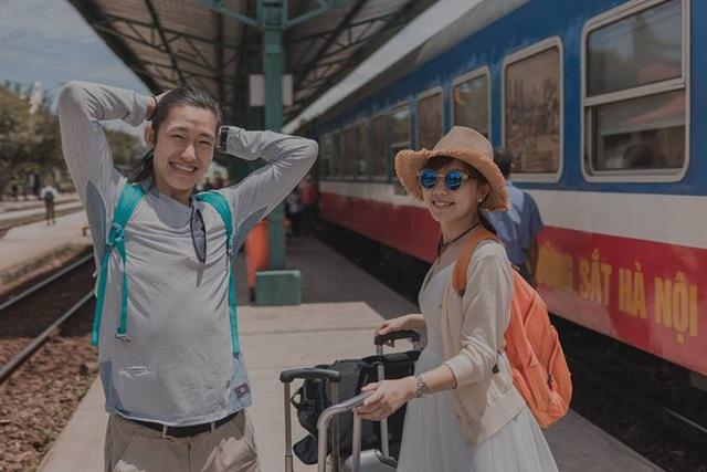 Sau 2 ngày đăng tải trên fanpage của nhiếp ảnh gia, bộ ảnh cưới của cặp đôi Paul và Olivia đã nhận được hơn 40 nghìn lượt thích cùng hàng nghìn lượt chia sẻ, bình luận, trong đó có rất nhiều lời có cánh đến từ cư dân mạng Việt.