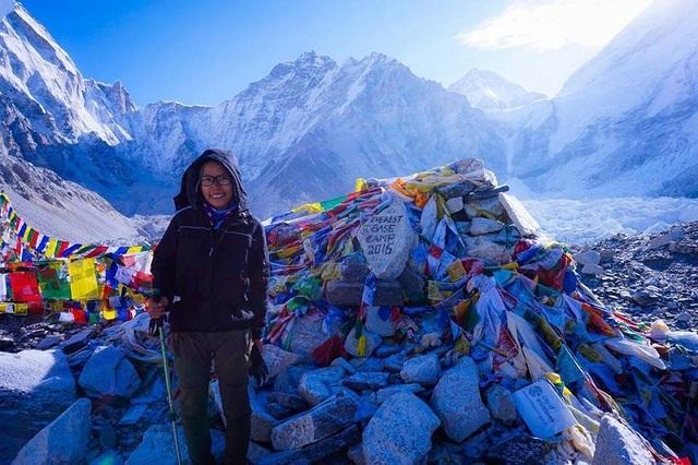 Ánh tại Everest Base Camp, Nepal, tháng 5, năm 2016